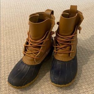 Bean boots fits size 6-6.5